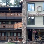 Silver Moon Inn Photo