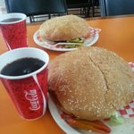 las hamburguesas buffalo son monstruosas y riquísimas