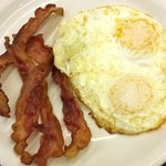Bacon and Eggs at Cousins Cafe