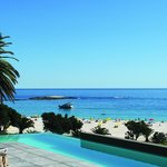 Camps Bay Beach (70131491)