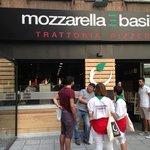 صورة فوتوغرافية لـ Mozzarella e Basilico