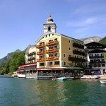 L'hôtel photographié depuis le bateau