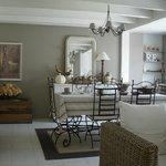 Salle à manger - Espace table d'hôtes
