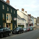 Main St and Old Kings Arms