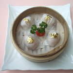 Fresh Shimp Dumpling wiht Gold Sheet