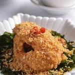 Deep-fried Tiger Prawn with Salted Egg-yolk Suace & Crispy Cereal