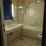 Bathroom - room 808 - L'Impérial Palace – Annecy, Sep 2-3 2012