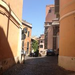 Via dell'Arco de Tolomei - quiet street in Trastavere