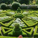 grounds/ gardens