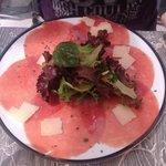 Carpaccio et sa salade