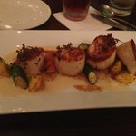 scallops in garlic puree