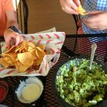 table side guacamole.... delish!