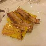 Crostini di polenta alla brace con pancetta o lardo, divini!