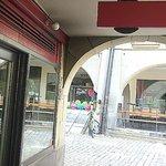 Bern Punkt - the approach through the arcade