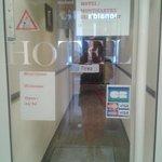 Montmartre Clignancourt Hotel 070713