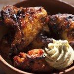 Chicken Wings mit Kräuterbutter