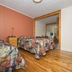 Standard room (bedroom area)