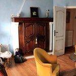 Sitting room in Suite Degas