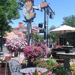 one of our favotite places to take our friends when they visit Durango.  Fabulous crepes and in