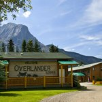 Welcome to the Overlander Mountain Lodge