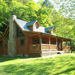 Creekside Melodies Cabin