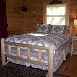 Creekside Melodies - Guest Bedroom