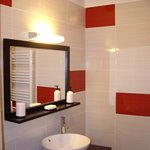 Modern and recently refurbished shower room