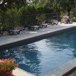 grande piscine sécurisée