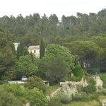 Wild countryside and escarpment on which Abbaye is built