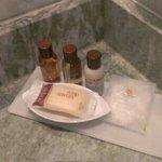 バスルームのアメニティ