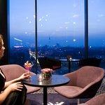 sky.bar im andel's Hotel Berlin