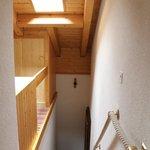 部屋への階段