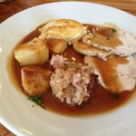 Roast Turkey, Roast Potatoes, Stuffing & Gravy