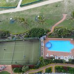Tennis, pool, bbq areas