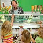Kids go wild for ice cream at Bliss Ice Cream Parlour!