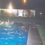 piscina nocturna