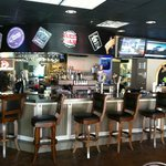 Halftime Sports Bar and Grill resmi
