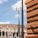 Via Capo d'africa e il Colosseo