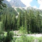 Along the trail to Cascade Canyon