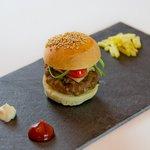 Mini hamburguesa de rabo de buey.