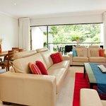 Villla 5 Lounge dining