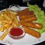 Appetizer - Mozerella sticks! Tasty!