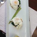 My Breakfast Main - Eggs Benedict