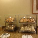 Breakfast pastries & breads