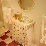 Mirabella Bathroom