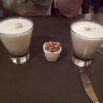 Pisco Sour con su canchita