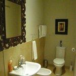 Bathroom with Basin, Bidet and Loo