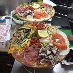 Pizzeria Dietro L'angolo Foto
