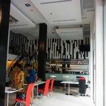 ホール、朝食コーナー