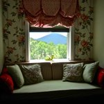 "Suite Room - ""Mount Mitchell Room"""